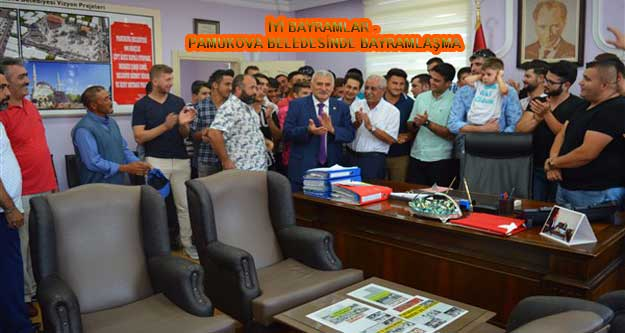 Pamukova Belediyesinde Geleneksel Bayramlaşma Yapıldı.