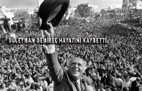 Süleyman Demirel tedavi gördüğü hastanede hayatını kaybetti.