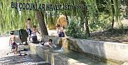 Bu çocuklar havuz istiyor.