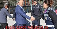 Pamukova'ya gelen Engin Özkoç sandık...