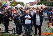 Pamukova Festivalinde Ozan Garip coşturdu.