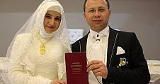 Resul ile Betül evlendiler.