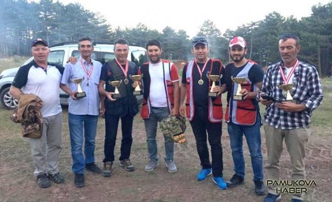 Pamukova Avcılar Atıcılar Kulübü atış yarışması düzenledi.