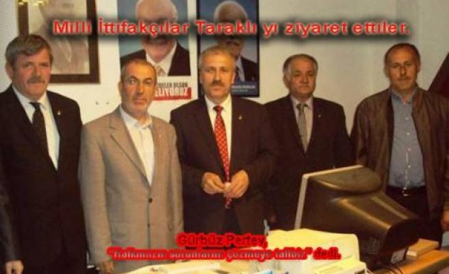 Milli İttifak Adayı Gürbüz Pertev seçim çalışmaları kapsamında Taraklı'yı ziyaret etti.