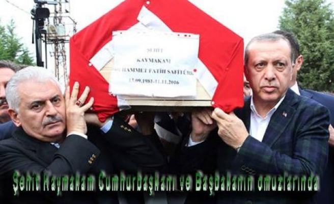 Şehit Kaymakamın Cenazesine Cumhurbaşkanı ve Başbakan da katıldı.