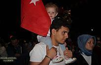 Vatandaşlar Darbeye karşı...
