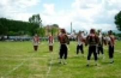 Pamukova Teknik Lisesi Halk Oyunları ekibi