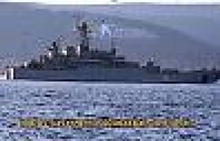 İki Rus savaş gemisi Çanakkale Boğazı'ndan...