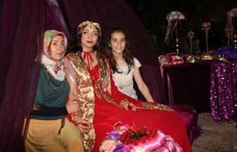 Burcu ile Burak'ın düğünleri Kadıköy'den ses getirdi.