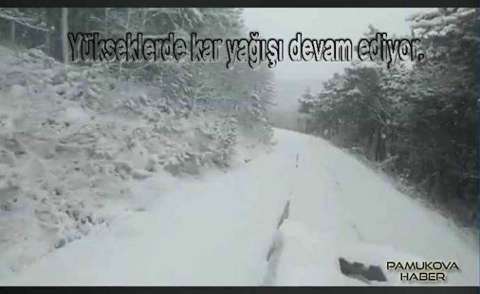 Pamukova'da bazı köy yolları ulaşıma kapandı.