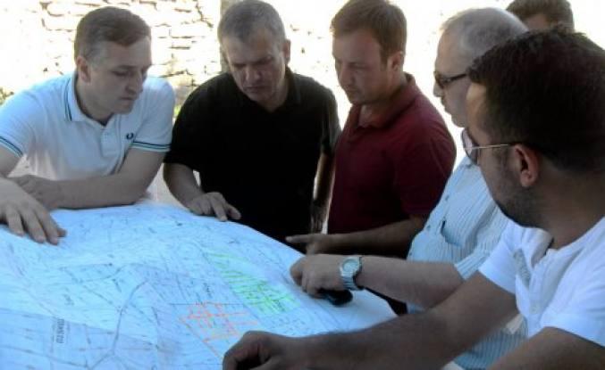 Pamukova da doğalgaz altyapı çalışmaları devam ediyor.